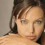 Angelina Jolie realizou uma mastectomia dupla