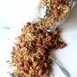 Granola de Pecans, Amêndoa e Chocolate Negro