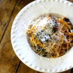Esparguete com Molho de Tomate e Beringela