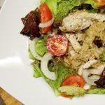 Salada de Aveia e Bife de Frango