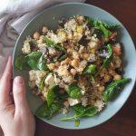 Salada de Couscous com Grão, Legumes Assados e Feta