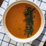 Sopa de Abóbora e Tomate Assado